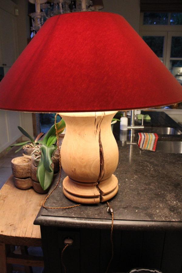 grote eiken lamp