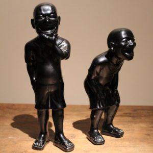 paar skulpturen van Yue Minhun